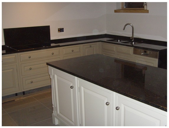 Remarkable Ubatuba Granite Kitchen 573 x 433 · 44 kB · jpeg
